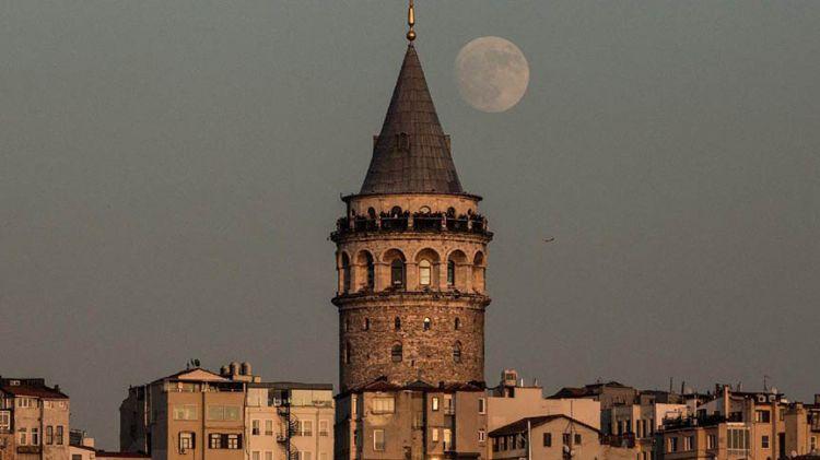 Galata Kulesi'nde bakım çalışmaları ertelendi