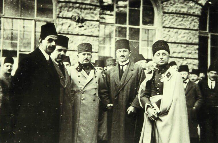 Müstakil Grup: Kontrollü Muhalefet - Yazar: Onur Karabağ