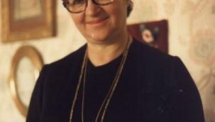 İlhan Ayverdi - Hayatı, Fikirleri, Eserleri (Doğum tarihi: 24 Ekim 1926, Akhisar Ölüm tarihi ve yeri: 6 Kasım 2009, İstanbul)