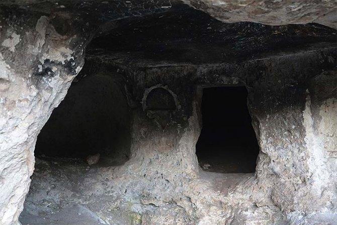 Türklerin 1071'den önce Anadolu'ya geldiğini ispat eden yapı: Cunni Mağarası