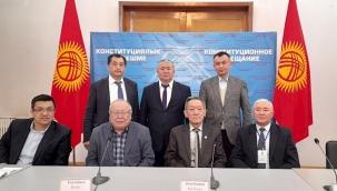 Kırgızistan'da Anayasa taslağı onaylandı