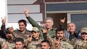 """Türkmen lider Erşat Salihi'den terör gruplarına """"Bozkurtlu"""" cevap!"""