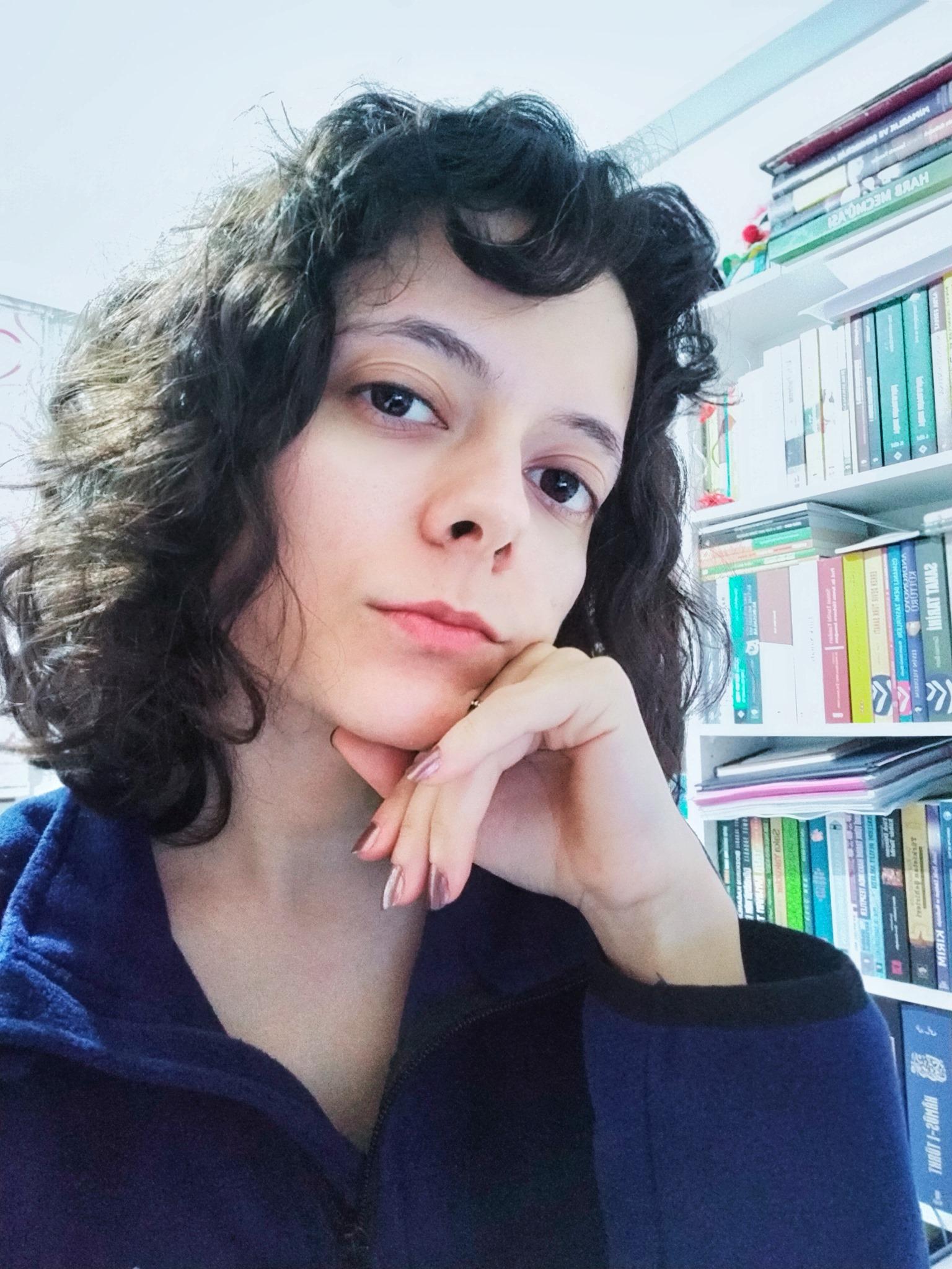 """Ayşegül Kılınç: """"İlk Türk Kadın Heykeltıraş: Sabiha Ziya Bengütaş"""""""