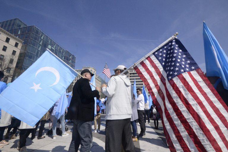 ABD Senatosu, Çin'e iade tehlikesi yaşayan Doğu Türkistanlılar için harekete geçti