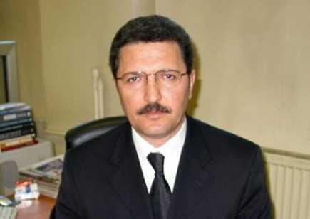 Arslan BULUT: Emine Işınsu ve ''vahit idea…''