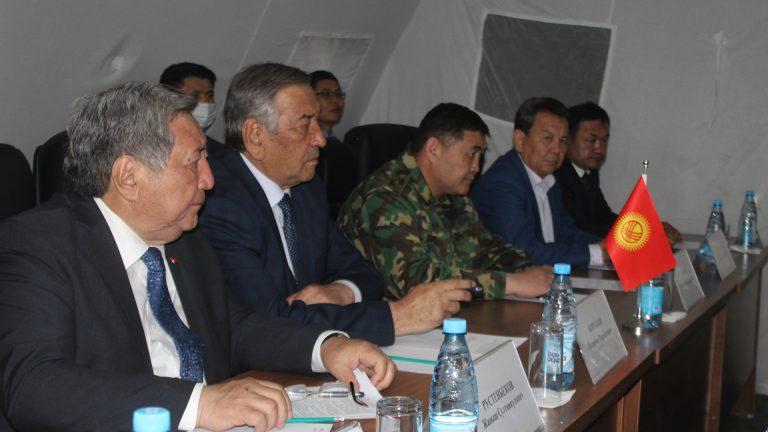 Kırgızistan ile Tacikistan arasında ateşkes protokolü imzalandı