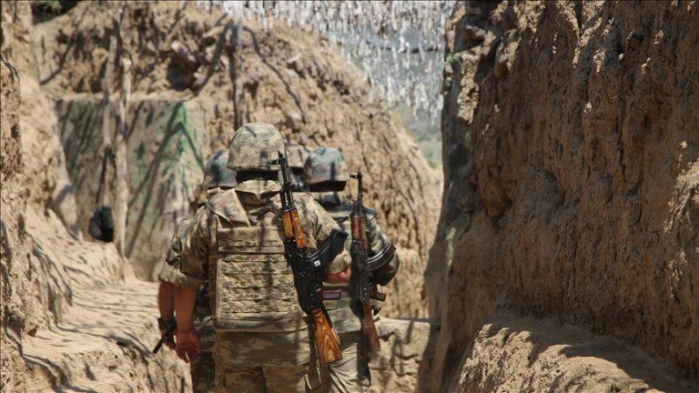 Ermenistan askerleri, sınırda nöbet tutan Azerbaycan askerlerine ateş açtı