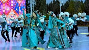 Türkmen halkının Arkadağ onuruna bayram konseri