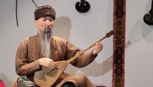 """Kazakistan Milli Müze'sinde """"Ulu Bozkırda Dombra Sesi"""" sergisi düzenlendi"""