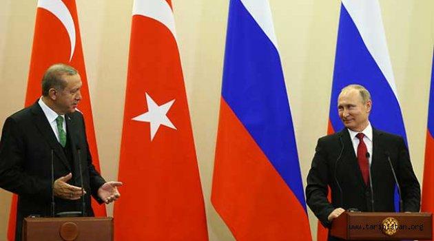 Erdoğan: Rus askerlerinin YPG'li teröristlerle fotoğraflarını Putin'e verdim