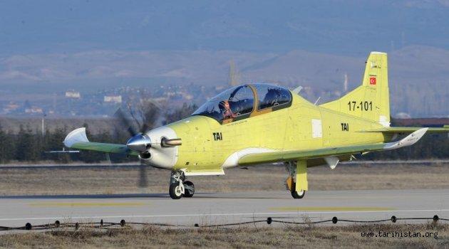 HÜRKUŞ-B Uçağı