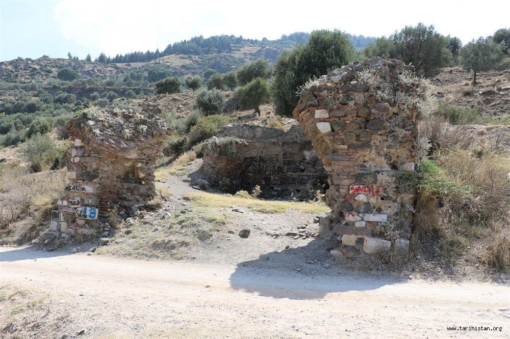 KALE MESCİDİ - Havva KURT