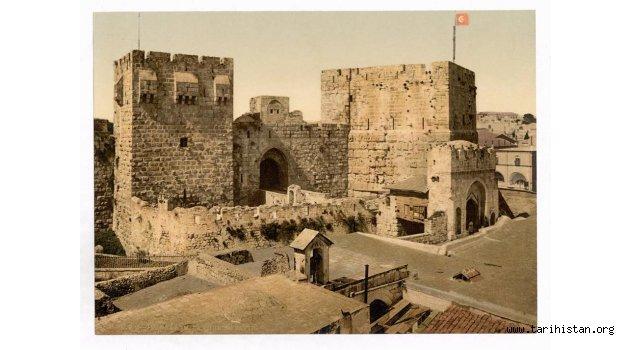 Kudüs'de Türk bayrağı