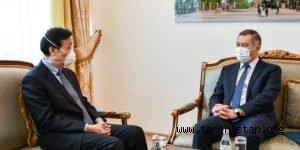 KAZAKİSTAN'DAN ÇİN'E PROTESTO NOTASI!