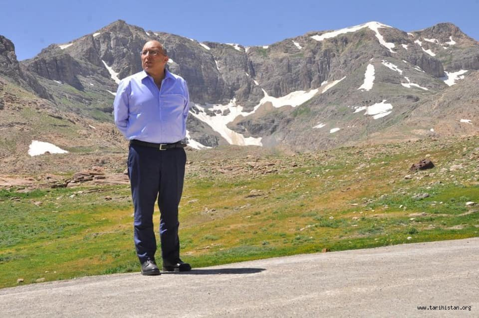 Prof. Dr. Ahmet Haluk Dursun - GÖÇER OLDUM