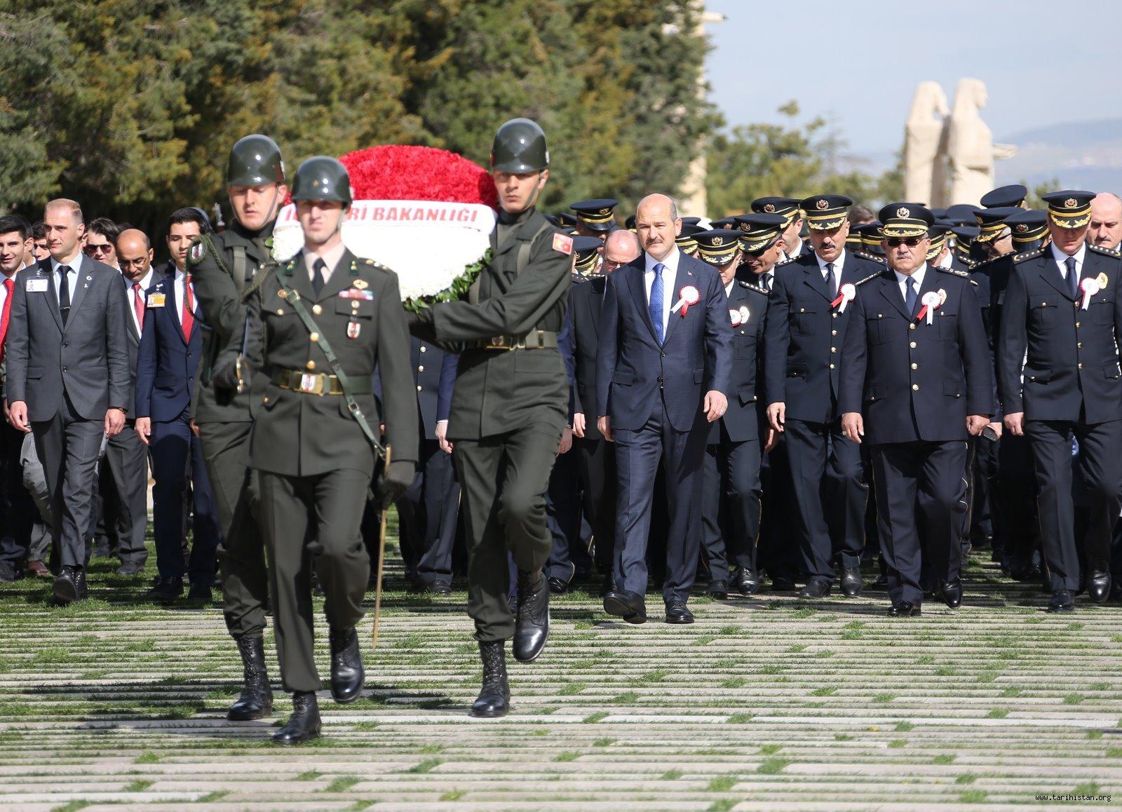 Türk Polis Teşkilatımız 174'üncü Kuruluş Yıl Dönümünde Atamızın Huzurunda
