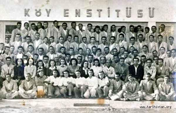 'Türkiye'de Köy Enstitüleri' - Arslan TEKİN