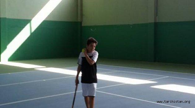 Manisa'da Tenis Sporu