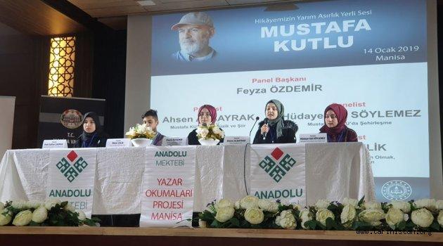 Manisa'da Mustafa Kutlu Paneli Düzenlendi