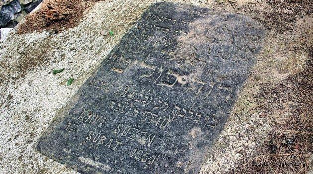 Manisa'daki Yahudi Mezarlığı