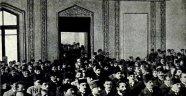 Azerbaycan'da Cumhuriyetin 102. yıl dönümü kutlanıyor.