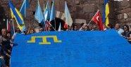 Ukrayna'nın Türkiye'deki diplomatik temsilciliklerinde Kırım Tatar bayrağı dalgalanacak