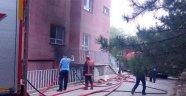 Başkent'te öğrenci pansiyonunda yangın paniği
