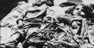 Ermeni asker Ermenilerin Hocalı'ya hücüm arifesinde planları ve yaptıkları vahşilikleri anlatır.