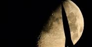 Japon bilim insanları Ay'da 50 kilometrelik mağara buldu