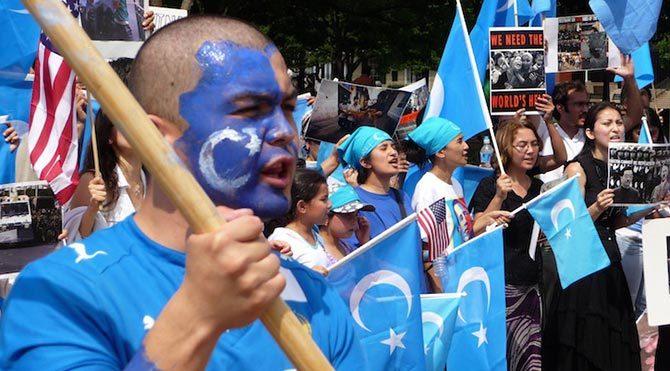 Çin'in Doğu Türkistan politikalarına tepkiler artıyor