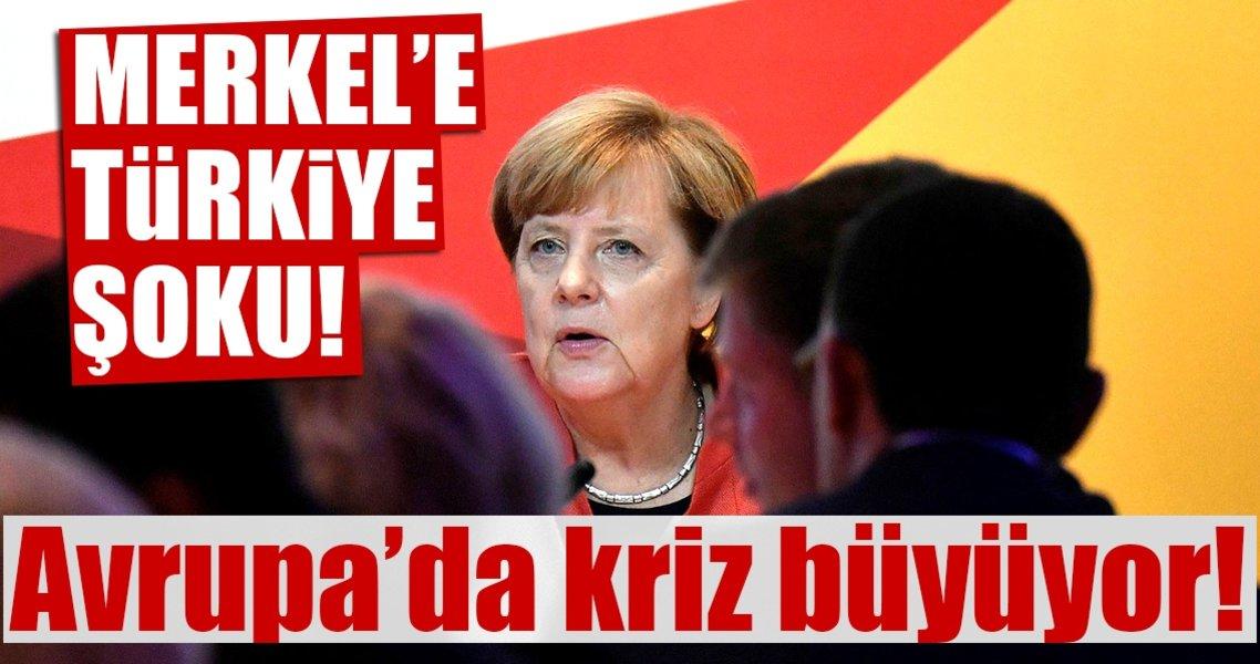 Merkel'i köşeye sıkıştı
