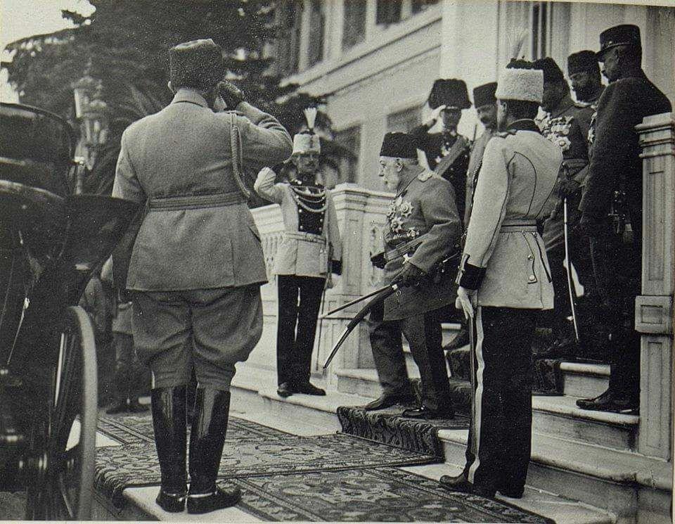 Sultan Reşad, Enver Paşa ve Talât Paşa'lar