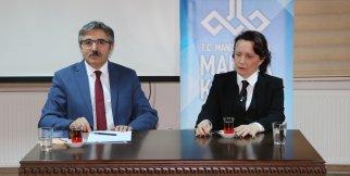 Manisa Kültür Sohbetleri Programı. Yazar Deniz Erbulak sohbeti