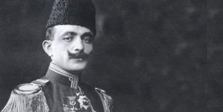 Enver Paşa, Cuma Namazı çıkışında (Batum Camii)